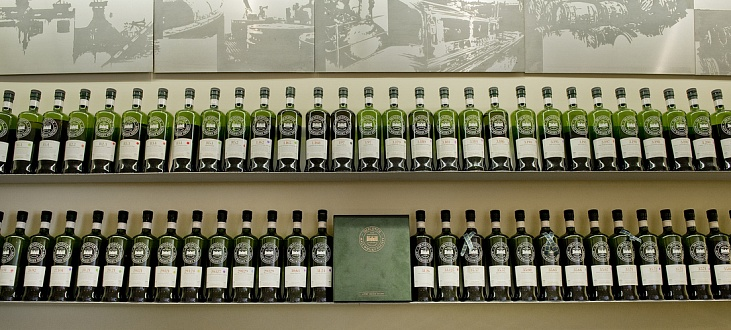 A Visit to the SMWS London – Five Drams, a Steak and a Review of a Divine Linkwood